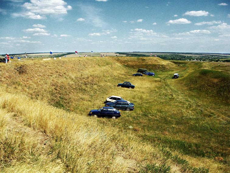 Вид с Северо-Западного бастиона Алексеевской крепости на Юго-Западный.